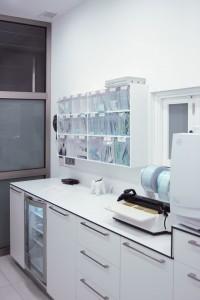 Mueble para sala de esterilización clínica